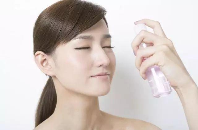 """要想皮肤水当当,记住这几个护肤技巧!重返20岁的""""秘密""""!  美肤网 美容护肤"""
