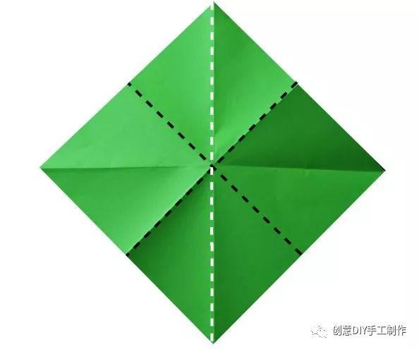 怎样用纸星星图方步骤