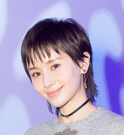 王子文终于换了新发型却意外撞脸董洁,网友:比短发好看多了