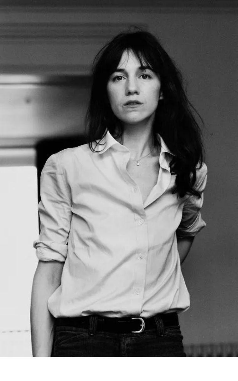 没有苏菲玛拖拉感不如伊娃格林冷艳但她美得像一说「白月光」