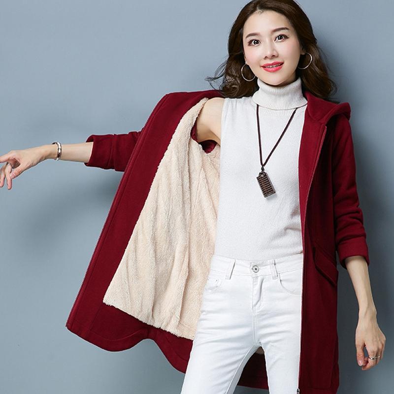 大码女装卫衣外套_秋冬新款加绒卫衣外套大码女装低调而又不失优雅,拉伸女性身材比例,气