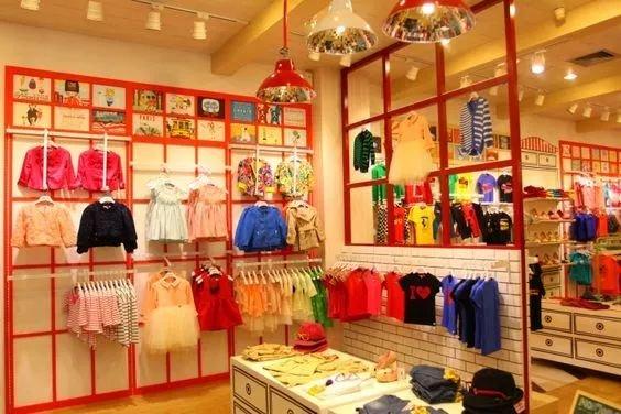 看了童装市场的趋势,我决定开一家这样的童装店