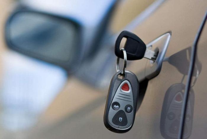 """车钥匙只会用来开车门?四项""""附加功能""""学会后,车主:用得上瘾"""