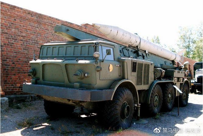 朝鲜引进了蛙7战术火箭并予以仿制
