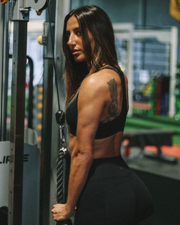 谁说肌肉练女生高潮看?前凸后翘是你的女生不好目标g图片