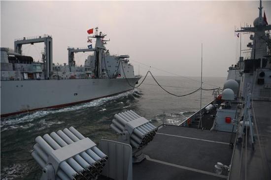 中国海军迎来一款超级巨舰 美:这才是压箱底技术