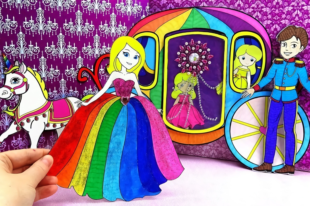 给纸娃娃jolly设计漂亮的裙子,王子骑着马车来接公主,手工diy