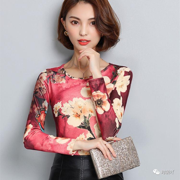 女人小衫_女人天下 正文  让你看上去更加的年轻,新买的小衫好看又显嫩,配上