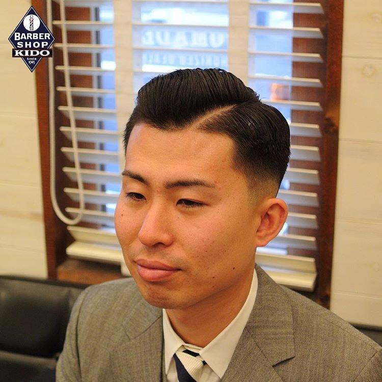 2019流行分界的男士发型图片