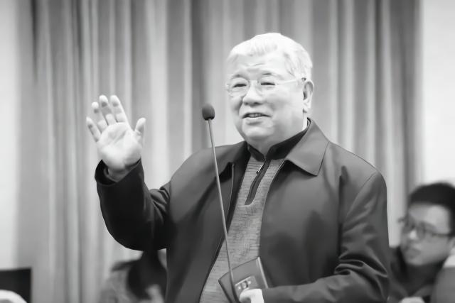 參加過林彪,江青反革命集團案審理的法學家,走了