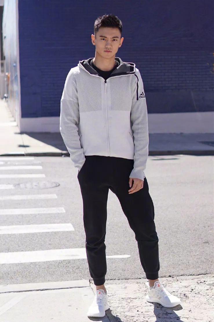 运动装也能穿出型男范?宁泽涛4套造型做足示范,风采不输男模