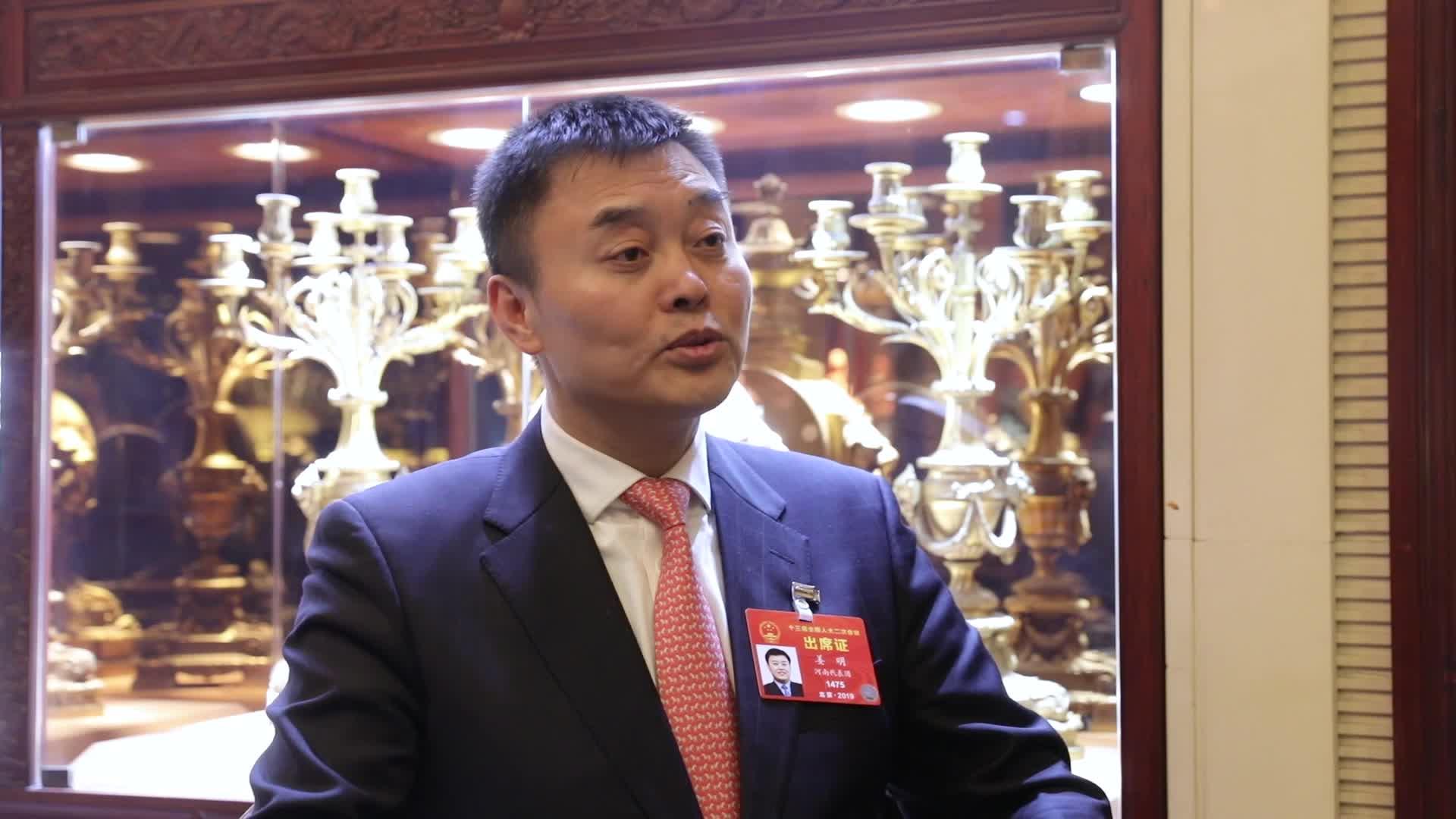 姜明:现在创业环境更好 在新领域年轻创业者机会更多