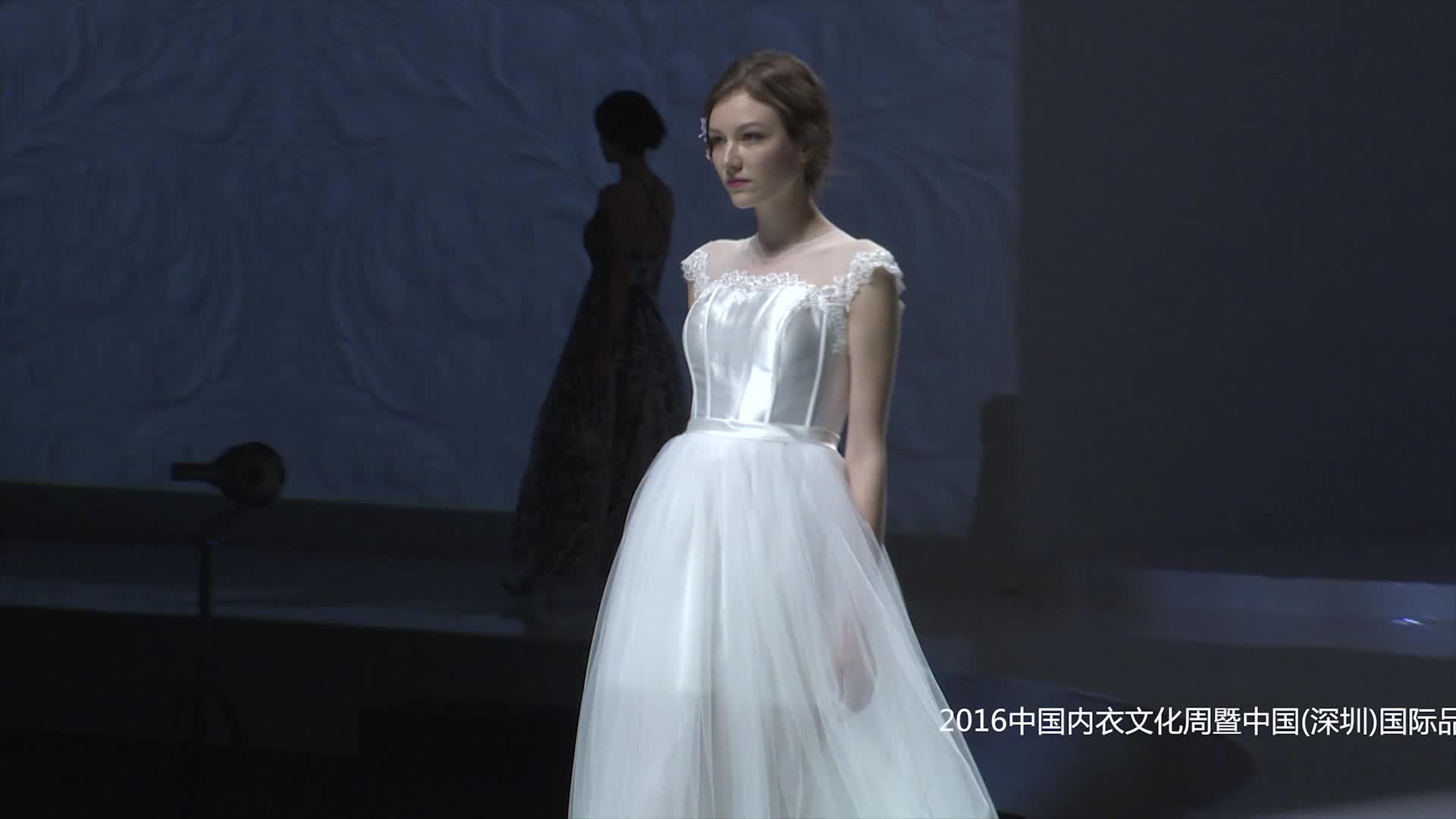 SIUF中外设计师联演(婚纱)