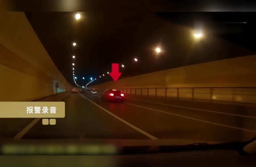 开车不能任性!3辆跑车高架上竞速飚车 3人被刑拘