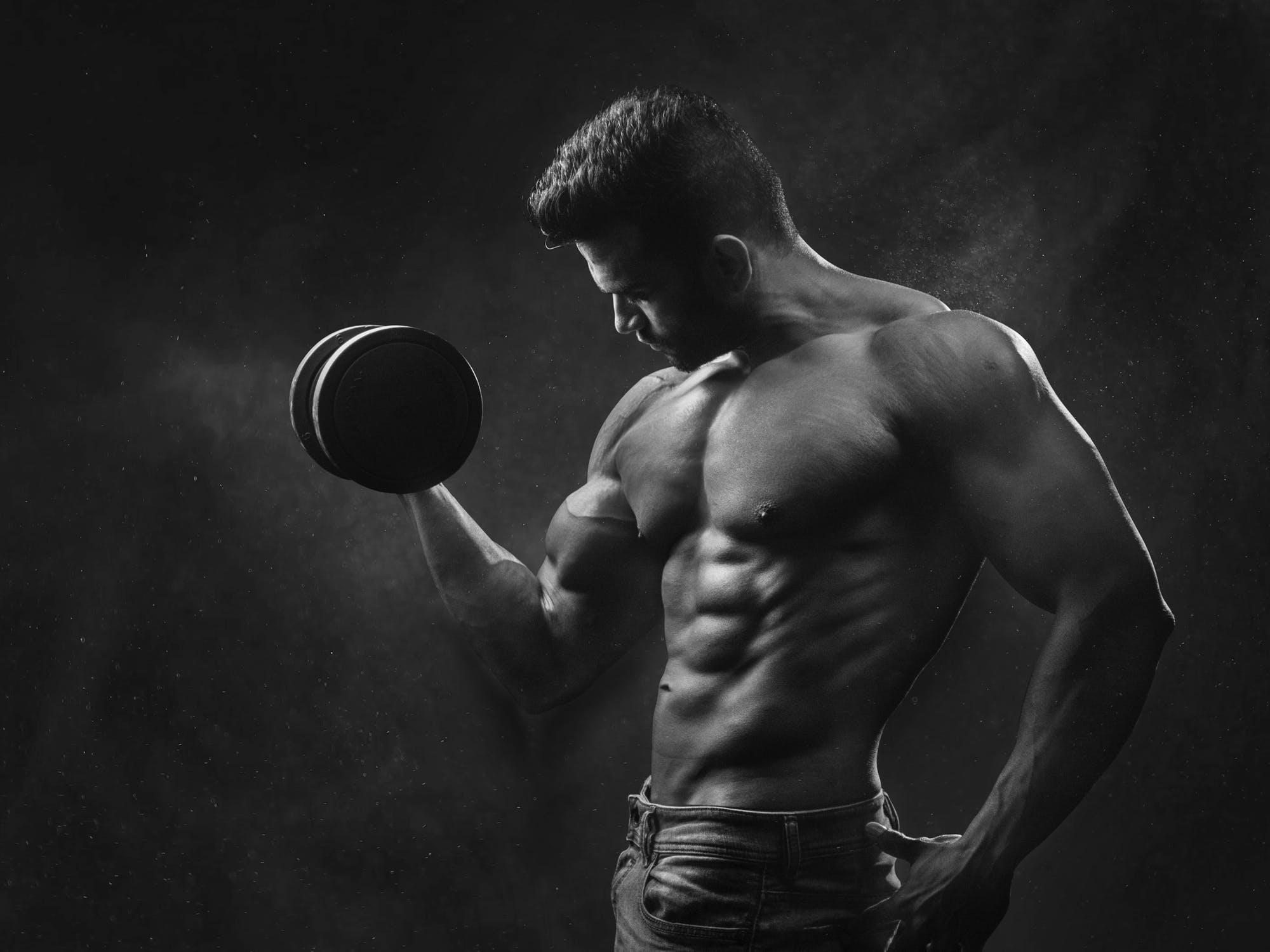 想要腹肌线条更明显?这4个动作不能缺少,才能让腹肌更明显!