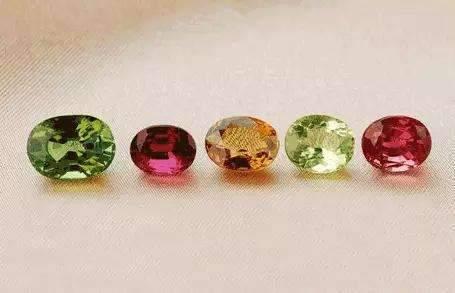 珠宝保养不要盲目 这些珠宝保养误区一定要避免