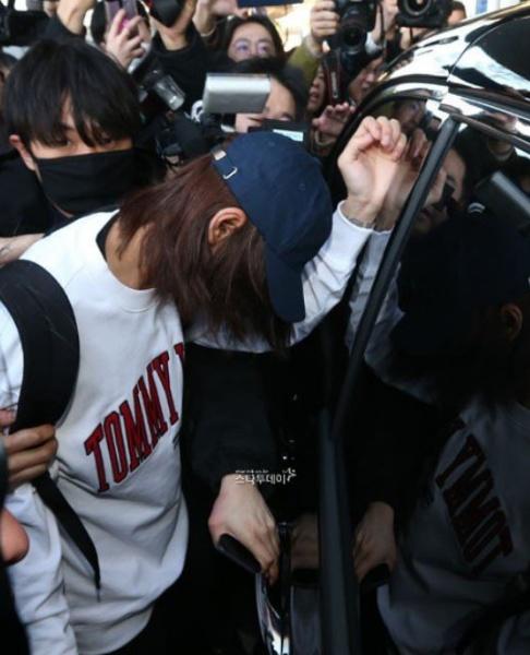 郑俊英就偷拍事件道歉:承认自己所犯罪行