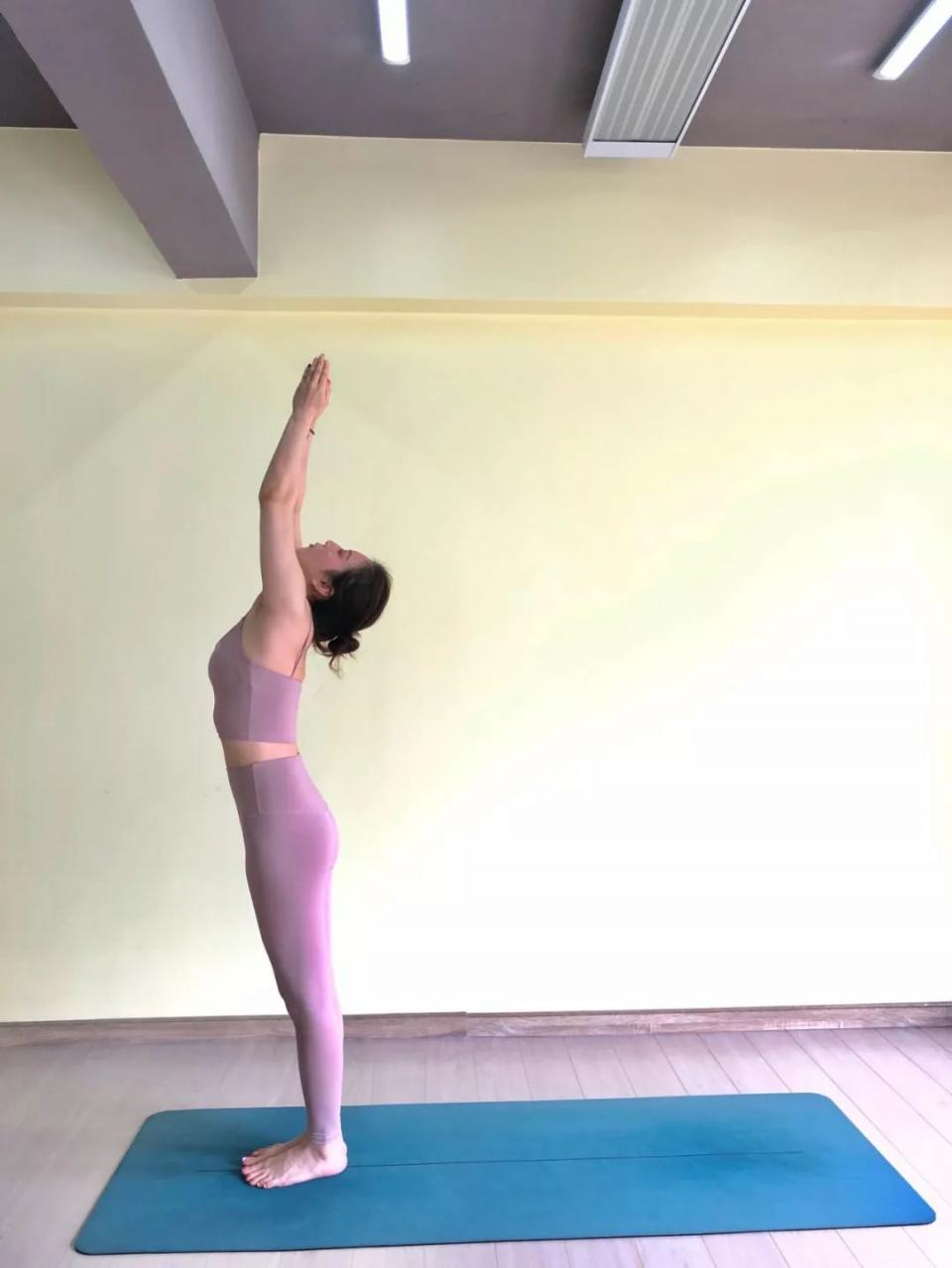 瑜伽从拜日开始,益处多多!